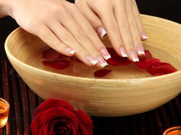 Как восстановить ногти?