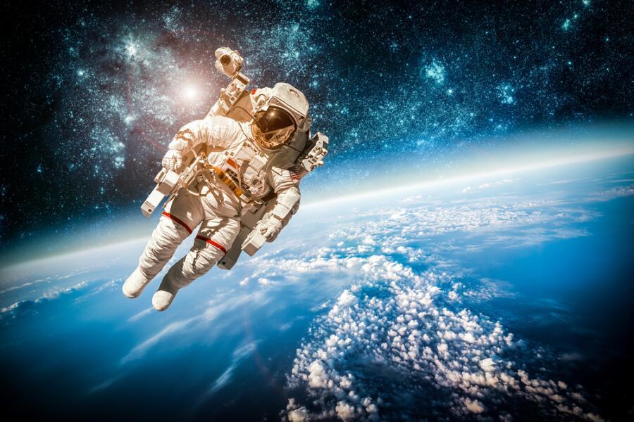 Космический юмор. Какие шутки с орбиты вызывали шок на Земле?