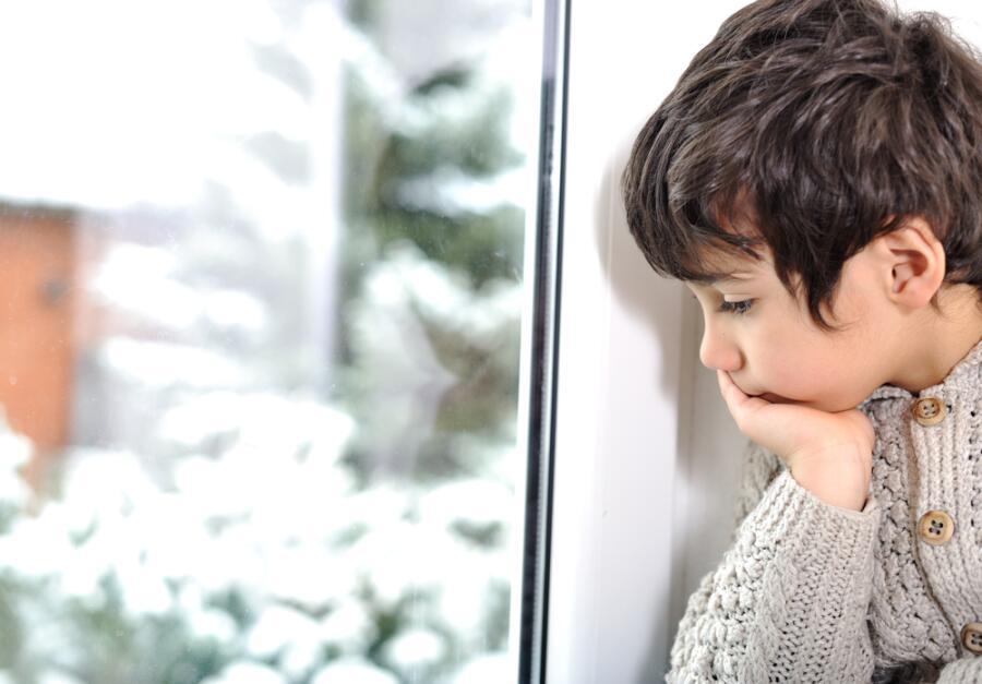 Падает снег. Почему иногда приходит грусть?