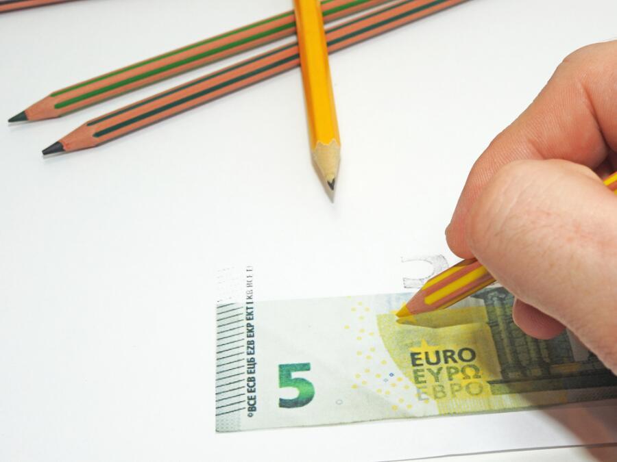 История фальшивых денег. Когда деньги стали бумажными?