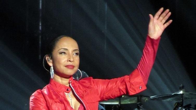 Шаде на концерте в Германии, ноябрь 2011 года