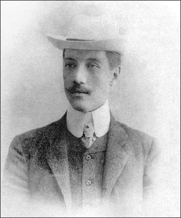 Николай Гумилев, 1910-е гг.