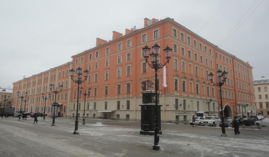 Дом № 4 по ул. Малой Конюшенной