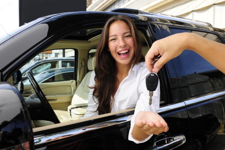 Как заработать деньги с помощью машины? Пять идей для автомобилиста