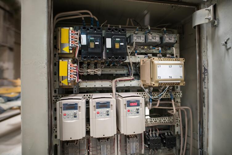 Как рассчитать силу тока и зачем это нужно?