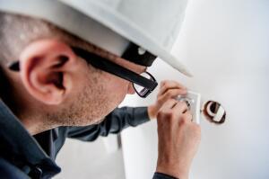 Как сэкономить на ремонте в квартире?