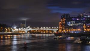 Стоит ли сейчас продавать квартиру в Москве?