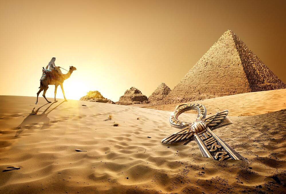 Анкх и пирамиды