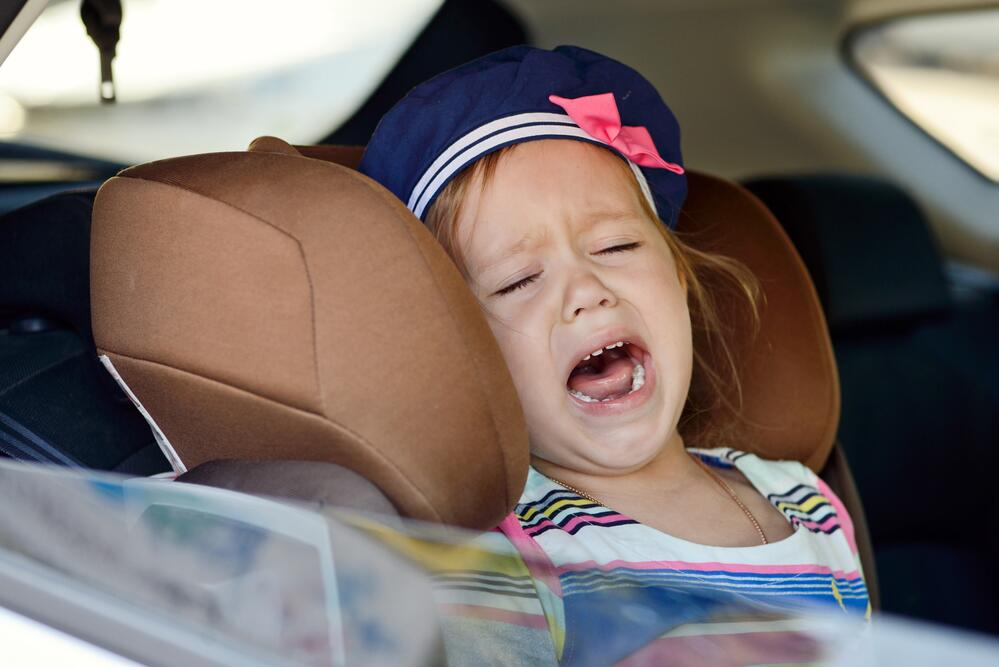 Как перевозить ребенка в детском автомобильном кресле? Нет - капризам, да - комфорту!