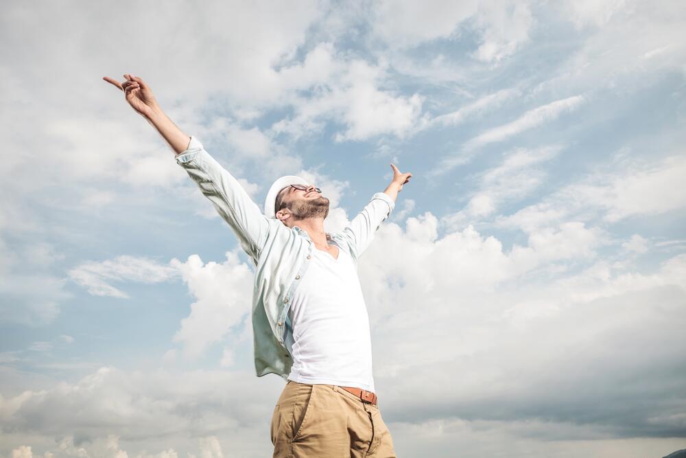 Солнечный свет и свежий воздух - первые помощники при адаптации