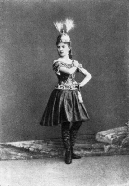 К. Канцырева в балете «Золотая рыбка»