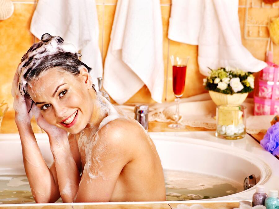 Как правильно мыть волосы?