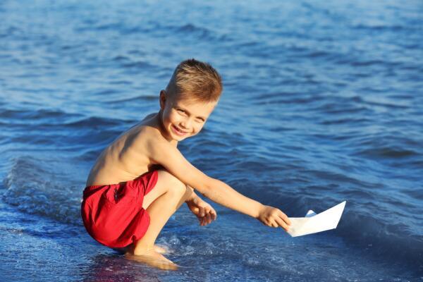 Как в увлекательной форме познакомить ребёнка с минералами? Синие минералы