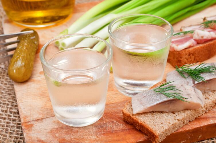 На время восстановления после травмы лучше полностью отказаться от алкогольных напитков
