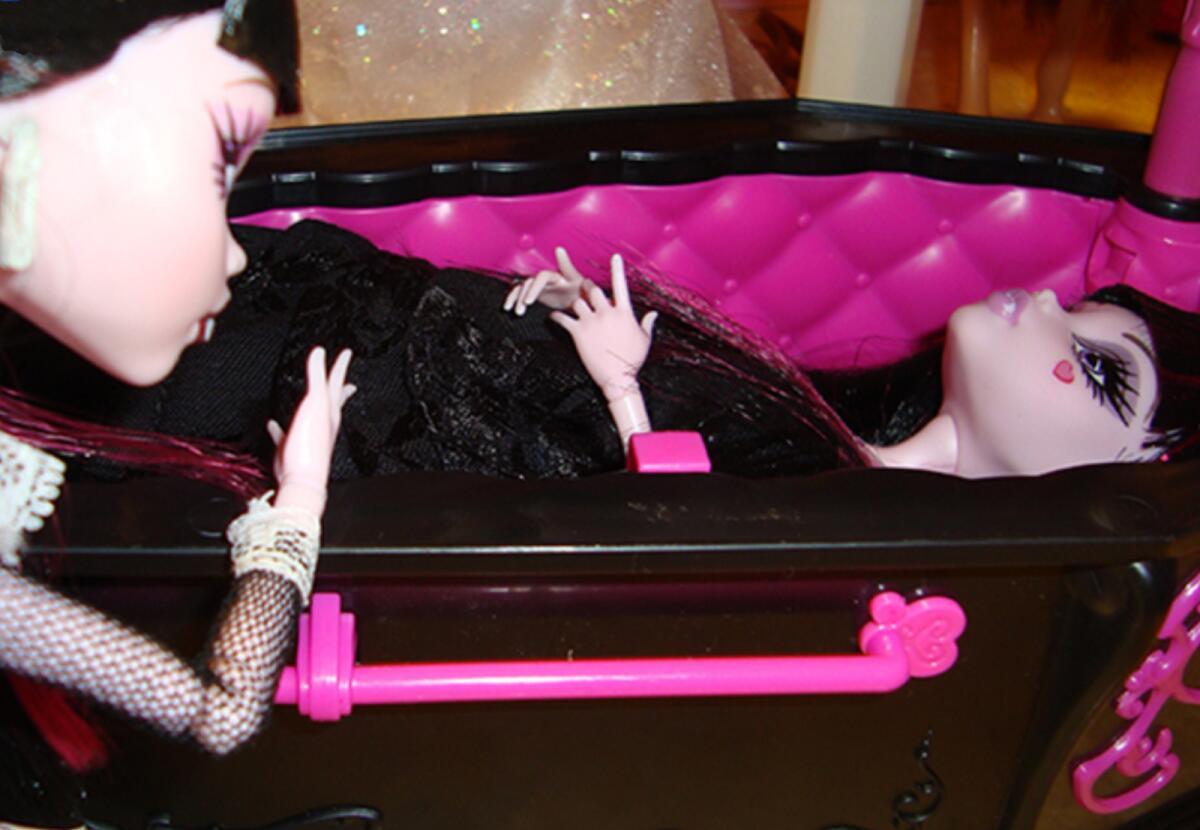 Опасны ли куклы