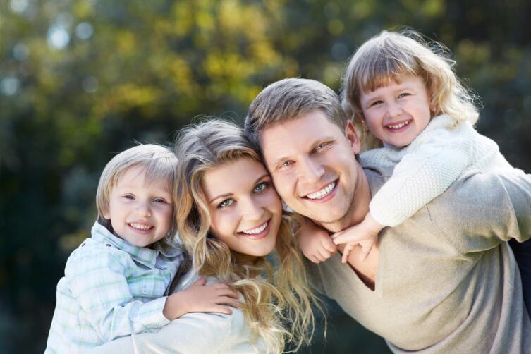 встречаются семьи, в которых миф не просто объединяет, а прямо-таки связывает