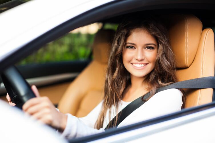 Почему первый автопробег совершила женщина, а первое ДТП – мужчина?