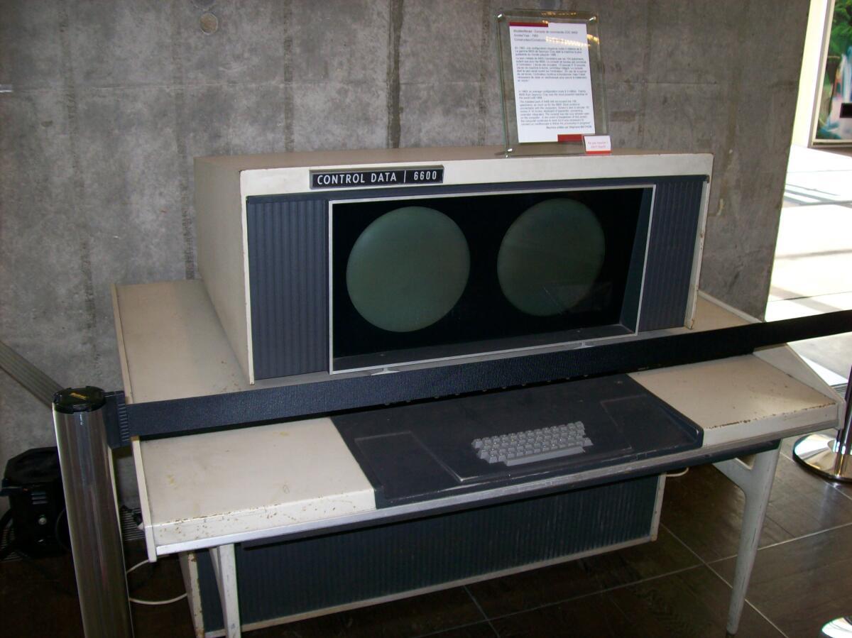 Суперкомпьютер CDC 6600