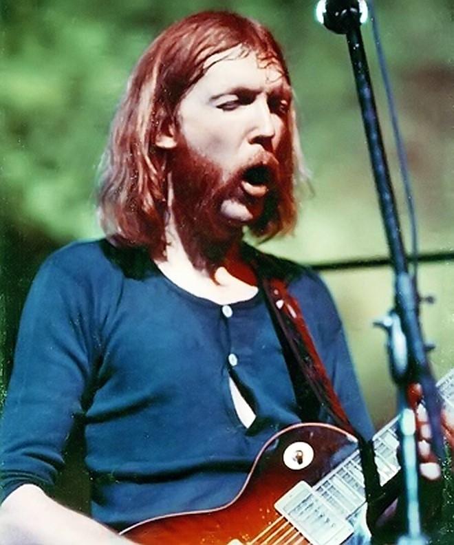 Эрик Клэптон написал «Лэйлу», а Дуэйн Оллмен сыграл в ней знаменитый гитарный рифф. До славы этой песни Оллмен не дожил, так как в 1971 году разбился на мотоцикле...