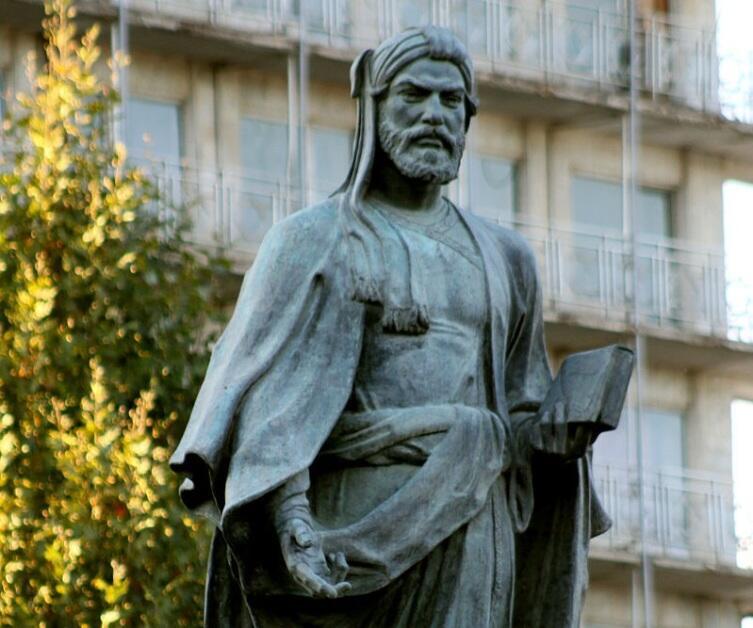 Памятник Низами в Гяндже. Скульптор Фуад Абдурахманов, 1946 г.