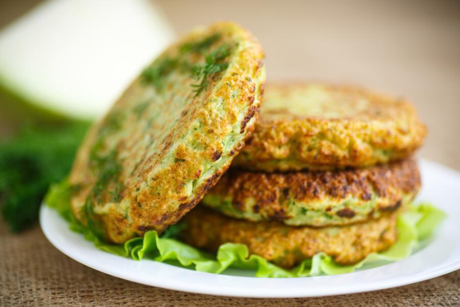 Бюджетные блюда: как приготовить капустные котлеты?