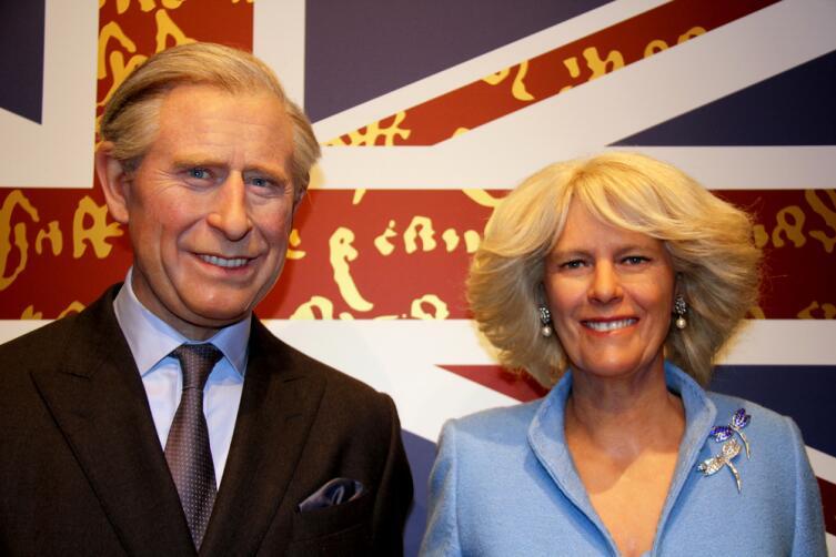 Восковые фигуры принца Чарльза и Камиллы Паркер-Боулз