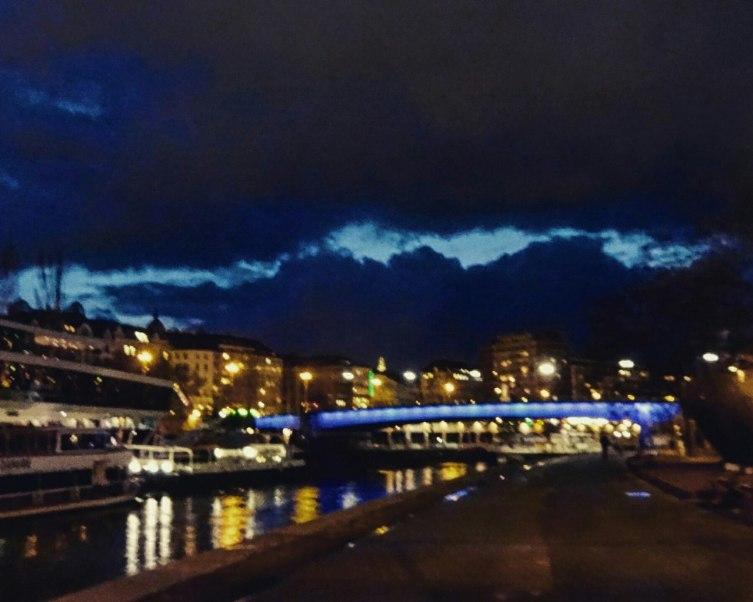 Дунайский канал вечером