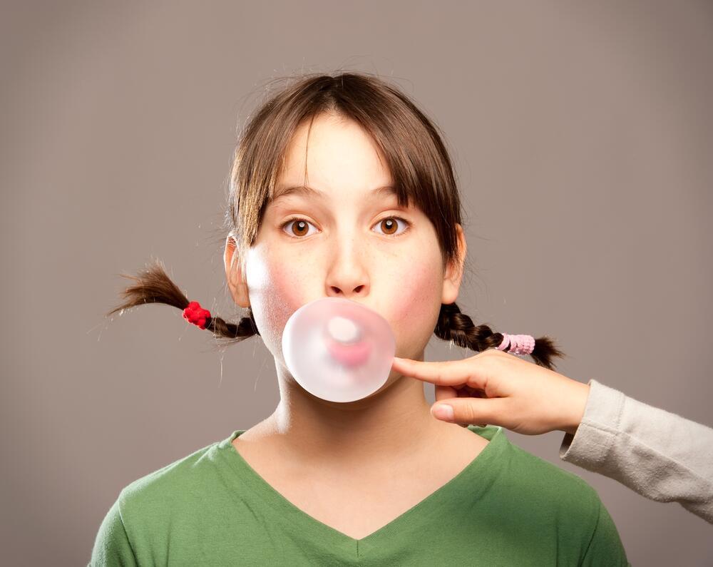 Как влияет на здоровье зубов жевательная резинка?