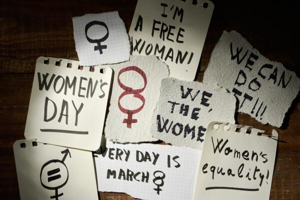 Мария Арбатова и Симона де Бовуар. Почему женщины становятся феминистками?