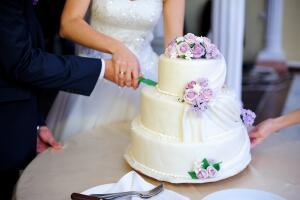 Как украшают свадебные торты от Кейкс?