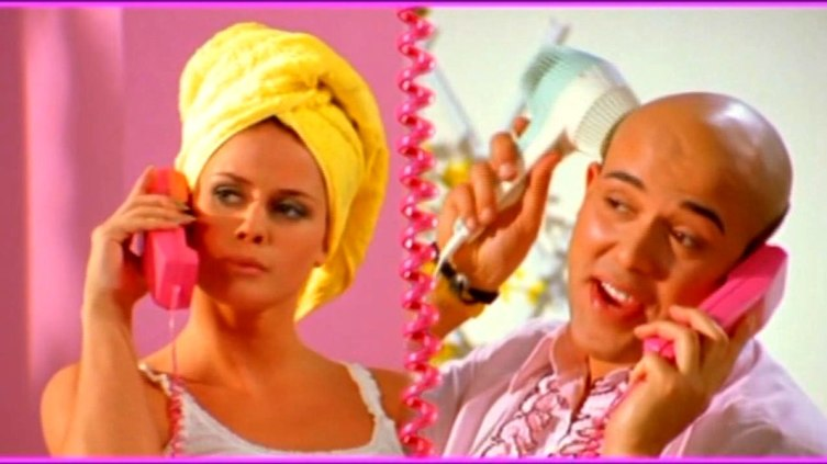 Кадр из клипа группы Aqua «Barbie Girl»