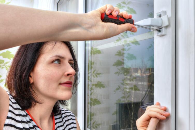 Можно ли самостоятельно отремонтировать пластиковые окна?