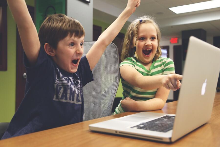 Как «кошмарят» детей и подростков компьютерные игры? Родителям на заметку