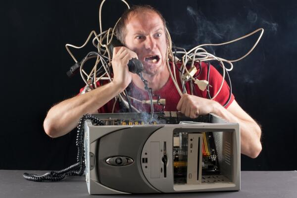 Как предотвратить поломку компьютера? Тривиальные причины неисправности