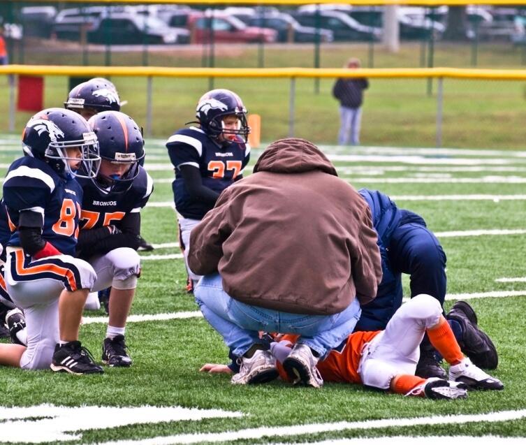 Каким видом спорта занять ребенка?