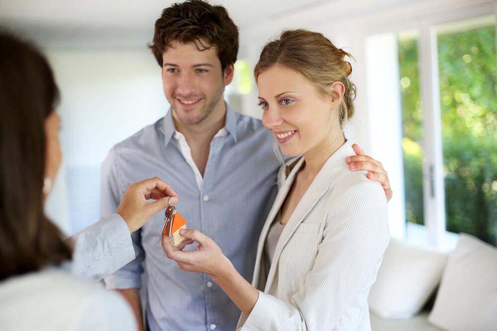 Арендаторы группы риска: у кого меньше всего шансов снять квартиру?