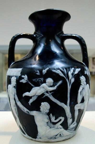 Портлендская ваза, первый век н.э., Британский музей, Лондон, Англия