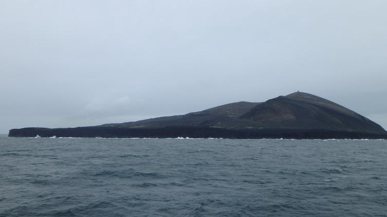 Сегодня остров все еще меняет свою поверхность