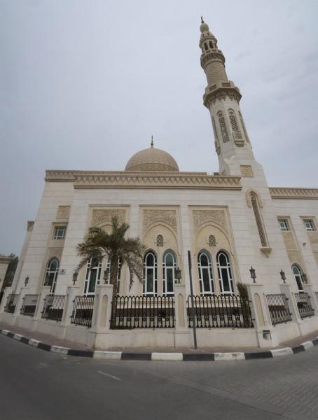 Что посмотреть в Дубай? Мечети Дубая и Мечеть шейха Зайда