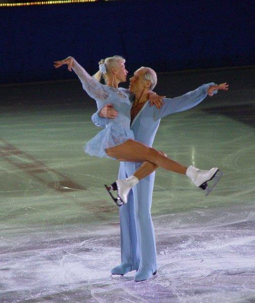 Людмила Белоусова и Олег Протопопов - легенда советского спорта или изменники родины?