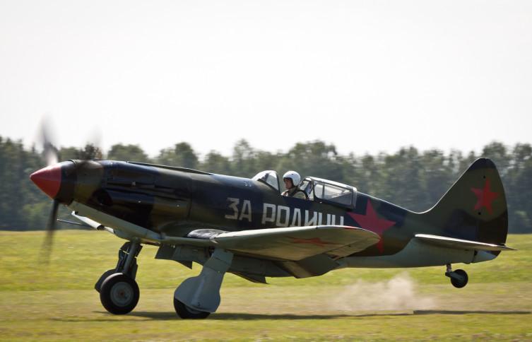 Восстановленный МиГ-3 на авиашоу - аэродром Мочище, Новосибирская область
