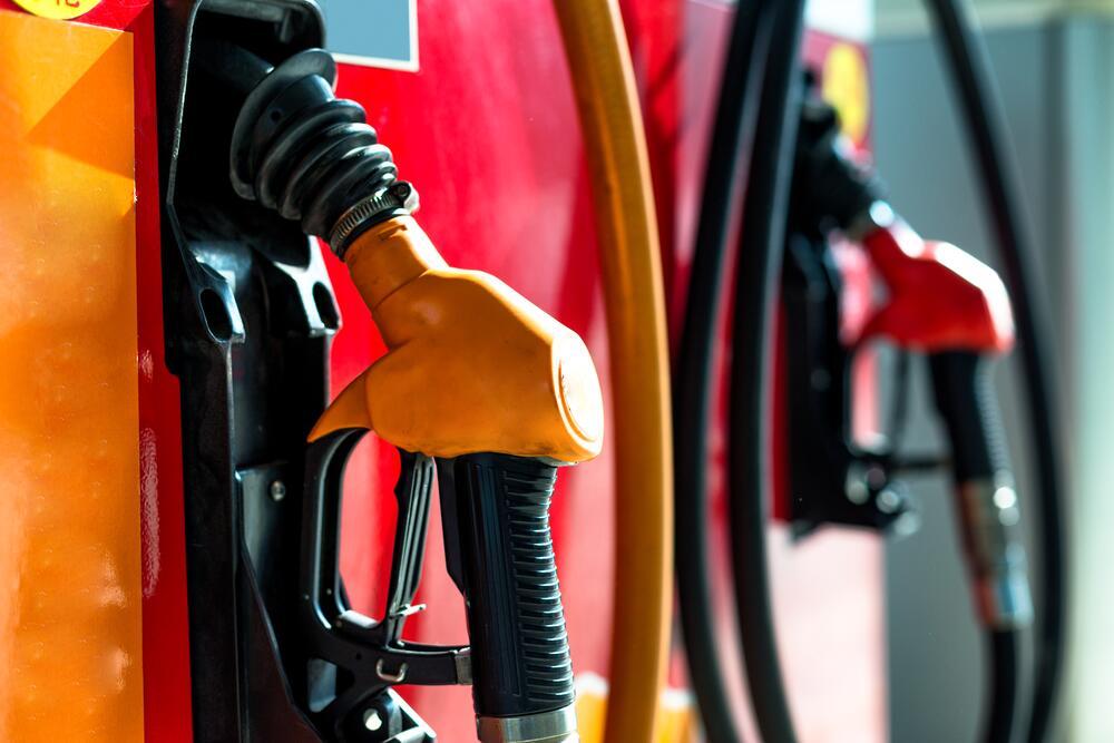 Как извлечь бензин из воздуха?