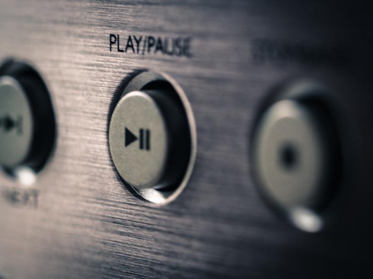 Чаще слушайте музыку