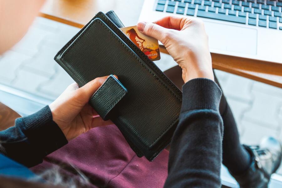 Нехватка денег — результат низкой финансовой грамотности