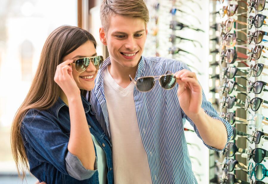 Как защитить глаза от солнца? Об очках, антибликах, поляроидах и маркетологах