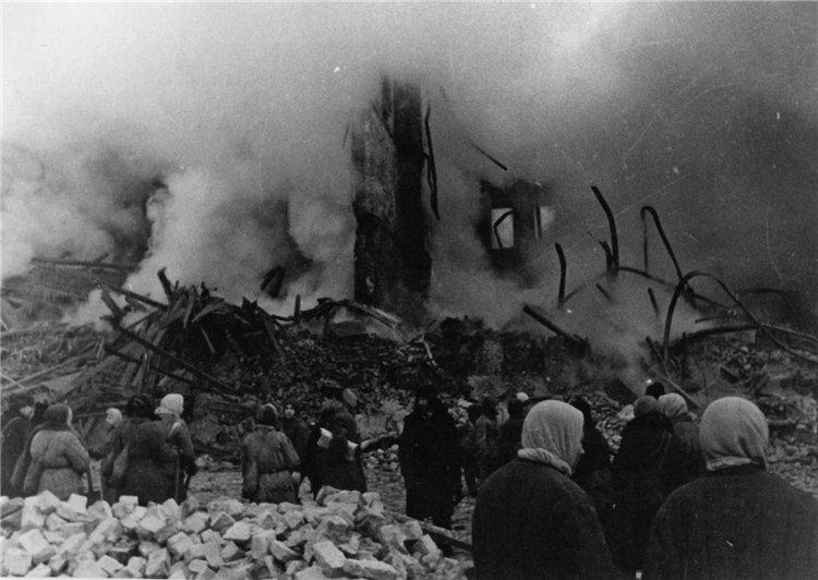 Пожар на бадаевских складах, 1941 г.