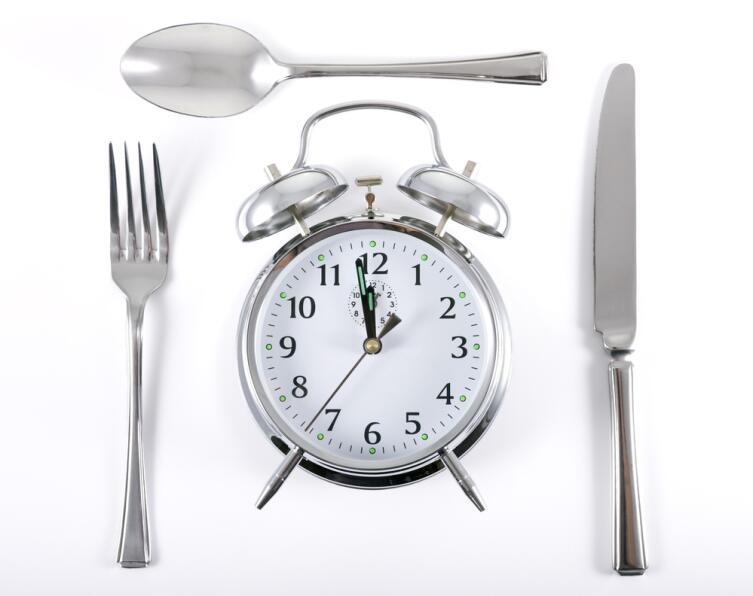 Почему мы говорим «завтрак», а завтракаем... сегодня?