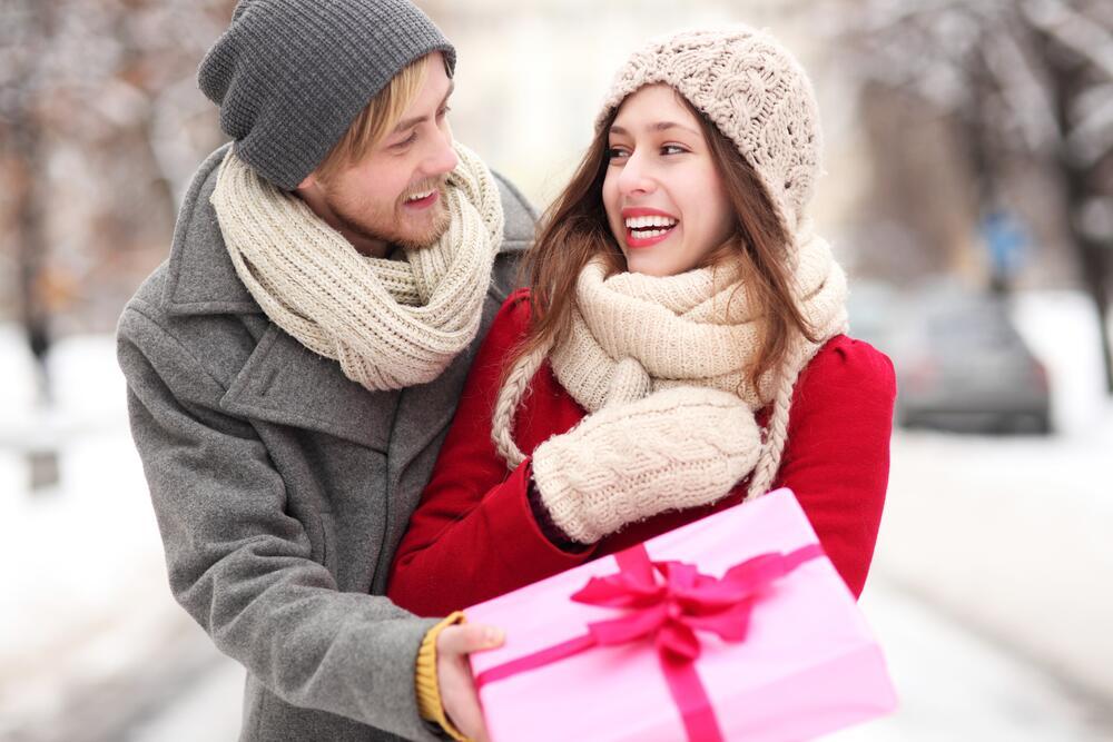 Три заповеди на новый лад, или Что подарить девушке?