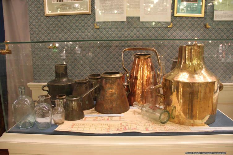 Экспонаты Музея истории водки