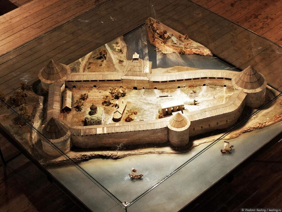 Макет крепости Старая Ладога